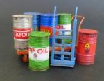 1-35-Metal-barrels-with-handcarts-Plechove-sudy-s-voziky