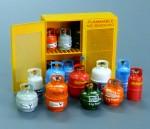 1-35-Gas-bottles
