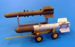 1-48-Raketa-Tiny-Tim-kratka