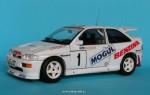 1-24-Ford-Escort-RS-Benzina-Mogul-team-1997