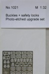 1-32-Buckles-+-safety-locks-for-2-seats-AIRFIX