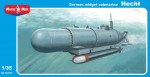 1-35-German-midget-submarine-Necht