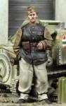 1-35-AFV-crewman-SPG-crewman-Driver