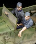 1-35-Italian-driver-and-NCO-for-508-CM-Coloniale-WW-II