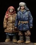 1-35-Boy-Girl-WW-II-period