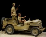 1-35-British-Driver-and-Tommy-Western-Desert-WW-II