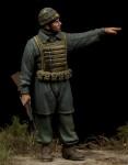 1-35-Italian-Paratrooper-Nembo-Division-WW-II