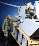 1-35-German-Panther-Commander-and-Waffen-SS-Officer-WW-II