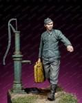 1-35-Waffen-SS-Mechanic