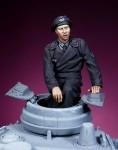 1-35-German-Waffen-SS-Heer-Tank-SPG-crewman-1-WW-II