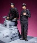 1-35-German-Waffen-SS-Heer-Tank-SPG-crew-WW-II