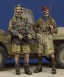 1-35-LRDG-Trooper-and-Hussar-Officer-WW-II