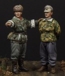 German-soldier-and-scout