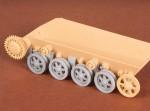 1-35-Toldi-I-II-III-Roadwheels-+-suspension