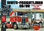 1-25-White-Freightliner-2-IN-1-SC-DD-Cabover-Tractor