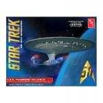 1-1400-Star-Trek-USS-Enterprise-1701-D-Clear-Edition
