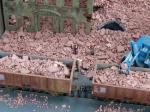 1-87-Debris-brick-red-25g-ceramic