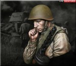 1-10-On-the-Edge-of-No-Man-s-Land-WW2-Young-Red-Army-Infantryman-July-1943-Battle-of-Kursk