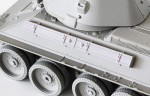 1-35-Early-T-34-External-Fuel-Tanks-with-Clamps-Horizontally-mounted