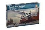 1-48-CESSNA-172-SKYHAWK-1987-Landing-on-Red-Square