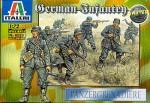 1-72-WWII-German-Infantry