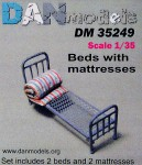 1-35-Military-beds-with-mattress-2pcs
