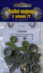 1-72-Boeing-B-29-wheels-set-radial-tread-ACAD