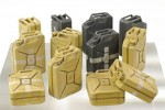 1-35-WWII-GERMAN-JERRYCAN-SET-C-EARLY