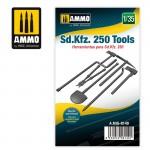 1-35-Sd-Kfz-250-Tools