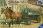 1-35-HF-7-StahlFeldWagen-German-Horse-Drawn-Wagen-2-Figures