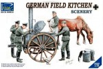 1-35-German-Field-Kitchen-with-Soldiers
