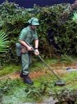 1-35-Australian-with-Mine-Detector-Vietnam