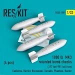 1-32-1000-lb-retarded-bomb-checks-117-tail-951-tail-fuze-4-pcs