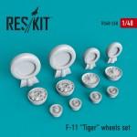 1-48-F-11-Tiger-wheels-FOND-MIN-