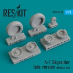 1-72-A-1-Skyraider-late-wheels-set-ACADHASITA