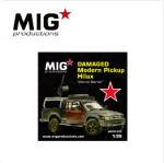 1-35-DAMAGED-modern-pickup-Hilux-Limited-Units
