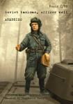 1-35-Soviet-tankman-officer-WWII