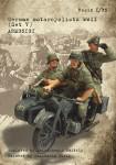 1-35-German-motorcyclists-WWII-Set-V