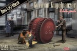 1-35-German-Kugelpanzer-2-Kits-Pack