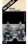 1-35-Faun-L900-Crew-Figure-Set